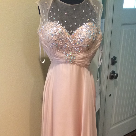 lux gals Dresses & Skirts - Prom or any formal wear